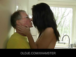 Young girl fucks abiding rub-down the Old man just about rub-down the kitchen