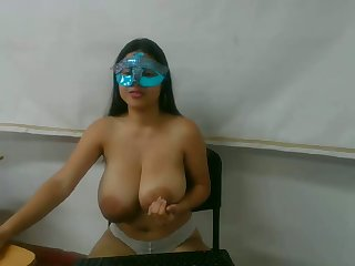 honcho babe with big tits sucking and getting fucked