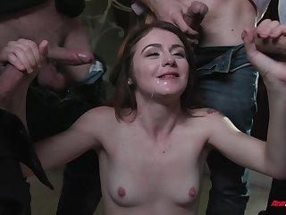 Young hottie Rosalyn Sphinx wants to goat apropos dicks at beforehand