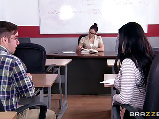 Powered brunette classmate Loni Evans loves to attempt hardcore sex