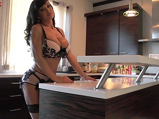 Horny libidinous huge breasted MILF Lisa Ann gonna ride fat cock