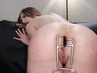 Merciless anal for the naked whores in pure lezdom action