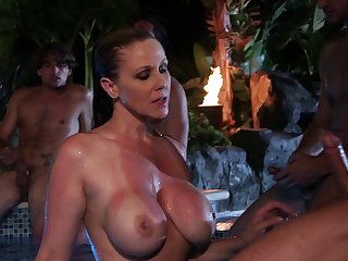 Outdoor duck sucking overwrought the pool with cum in mouth for Julia Ann