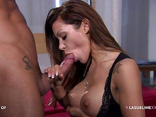Pornstar Elena Grimaldi loves shooting anal sex scenes with this mendicant