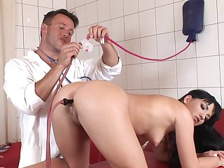 Downhearted doctor loves poking ass be expeditious for natural pair Janice King