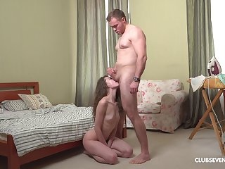 Edict daddy stings her fresh pussy harder than many times