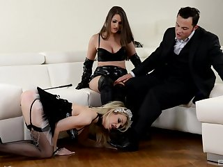 Strap-on fun not later than hardcore FFM triumvirate with Chessie Kay added to Linda J.