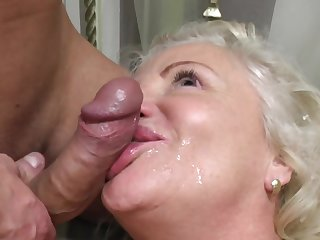 Exploitative granny loves having sex relative to her younger neighbor on the bed
