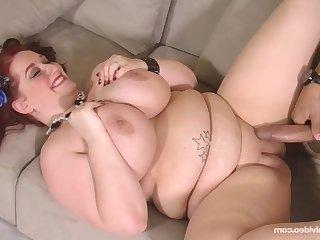 Big Titty Client - Reyna Mae
