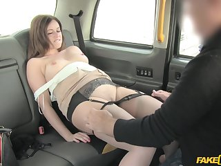 Fucking in the back of the taxi with bushwa hungry full-grown Anna Joy